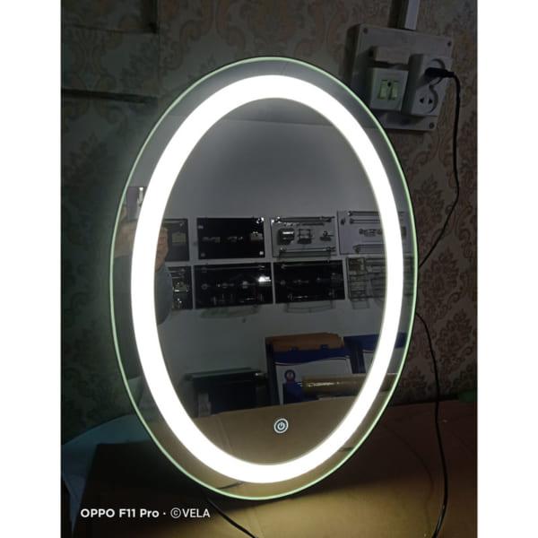 gương bầu dục trang điểm đèn led